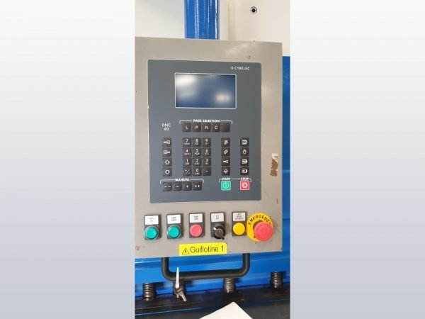 Baykal Shear control panel